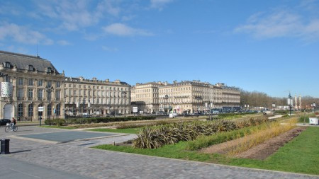 Conference on aesthetic integration in odontology in CPIOA (Bordeaux) in February 2017